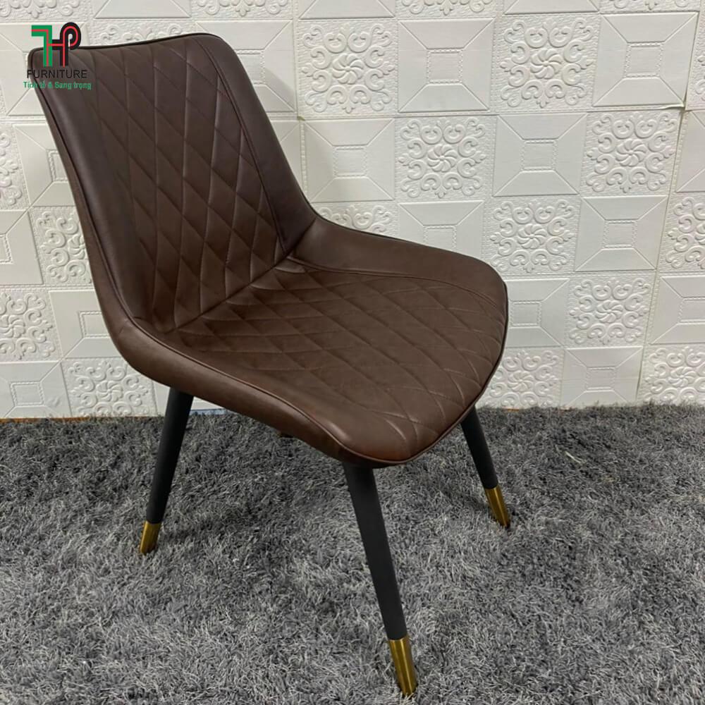 Ghế da màu nâu