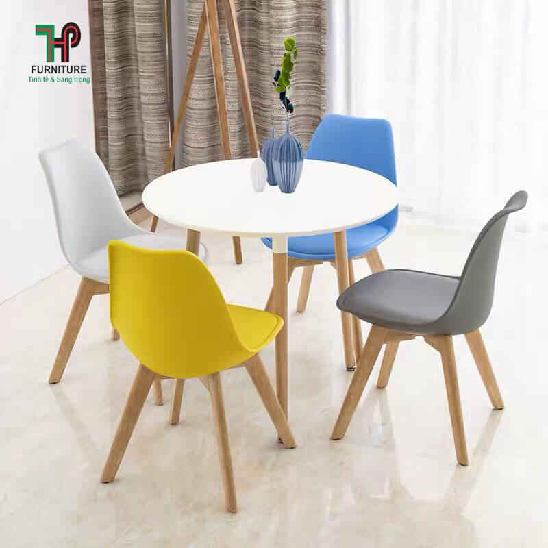 ghế cafe nhựa lót nệm (1)